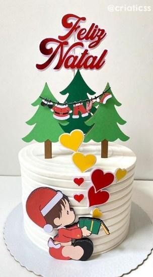 bolo simples com topo de feliz natal